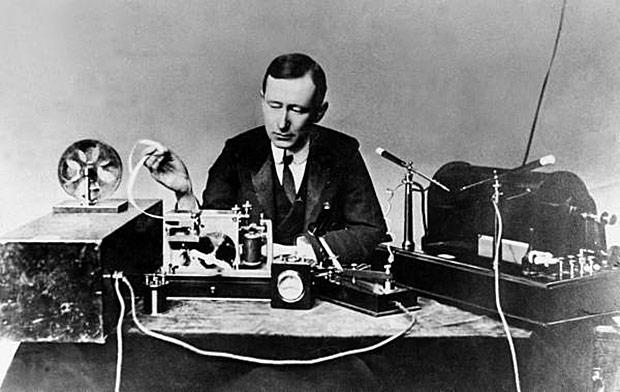 Marconi a jeho přístroje